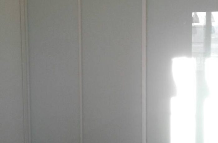 Белоснежный шкаф